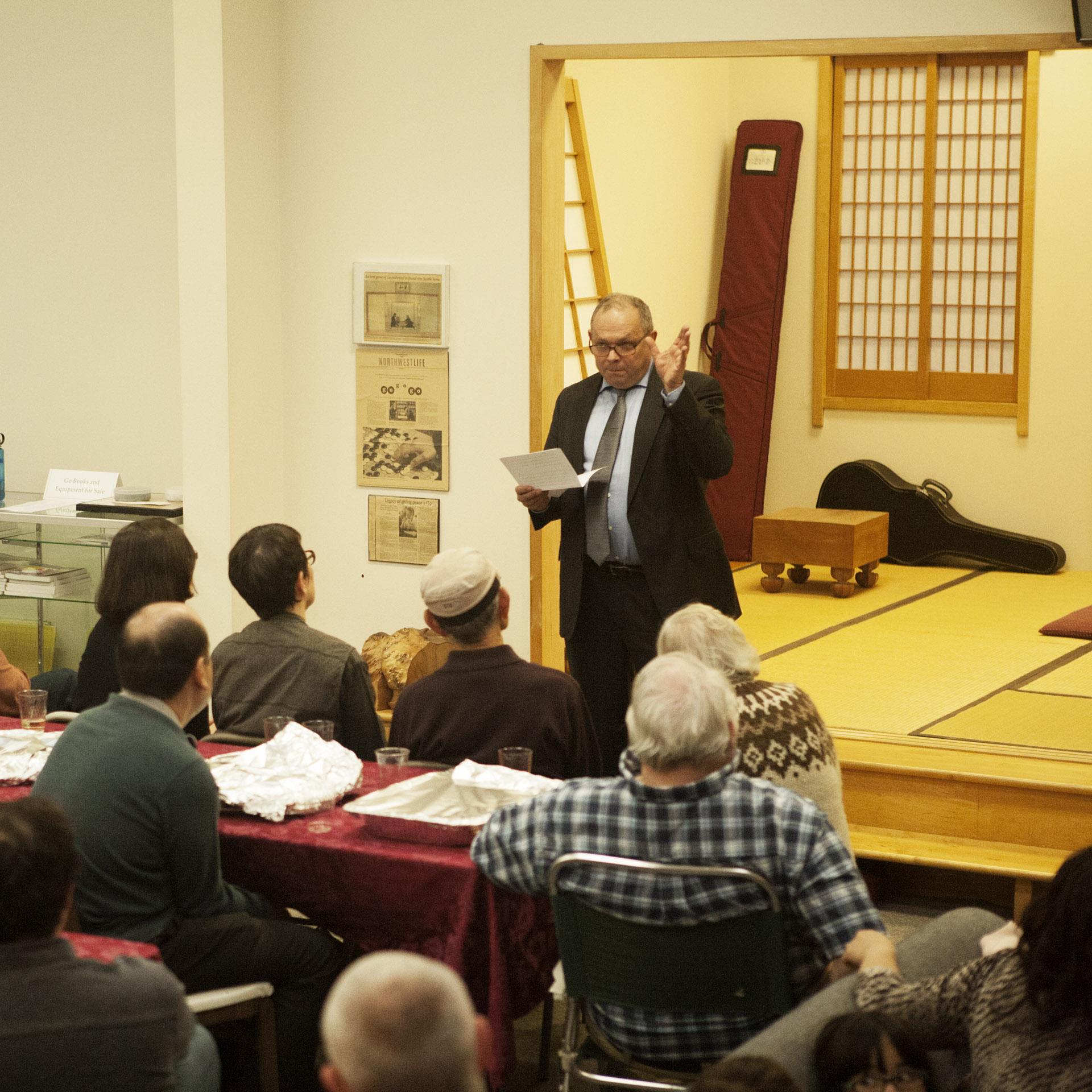 Harry van der Krogt from the European Go Cultural Center
